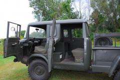 Jeep M677 w kabinie sporo miejsca