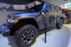 Jeep Wrangler 4xe łatwy dostęp Plug In