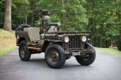 Willys M38 uzbrojony
