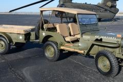Willys M38 z przyczepą