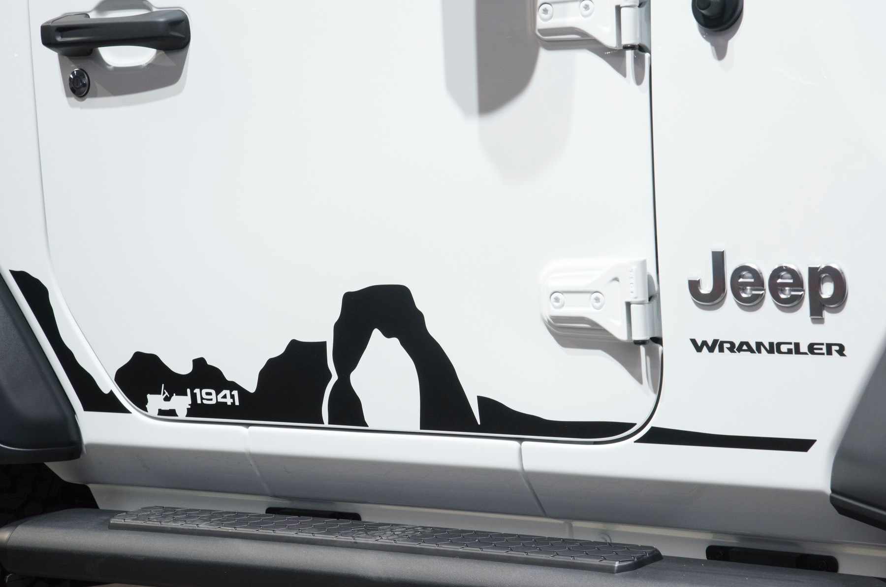 Jeep Wrangler Sport JL Mopar 2018