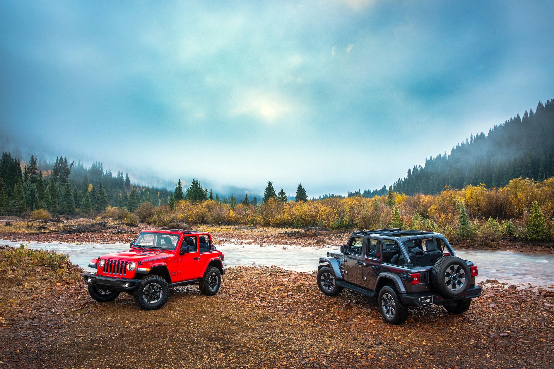 Jeep Wrangler Rubicon i Jeep Wrangler Sahara